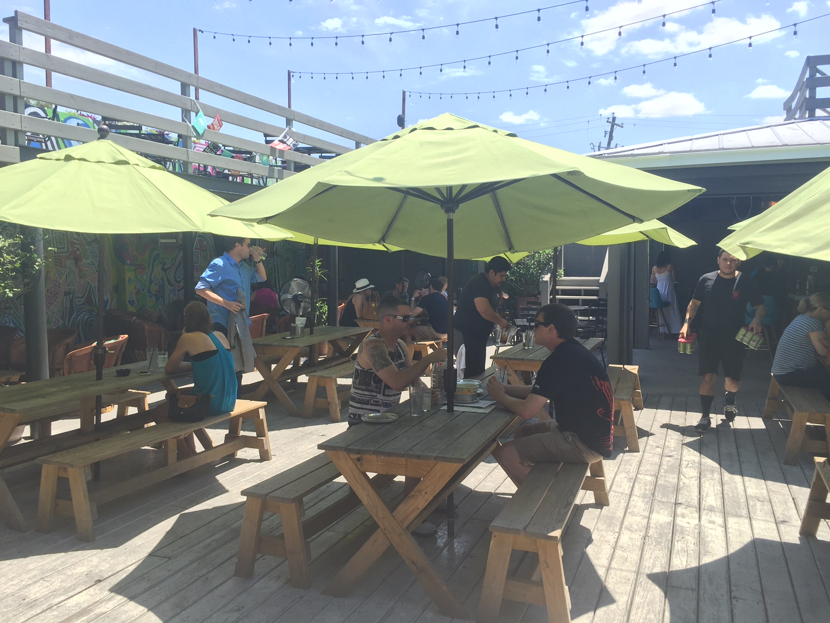 la_grange_houston-patio