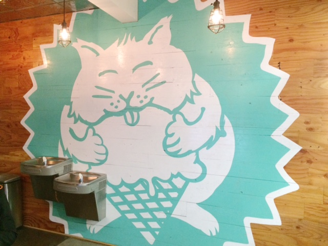 fat-cat-creamery-ice-houston-interior