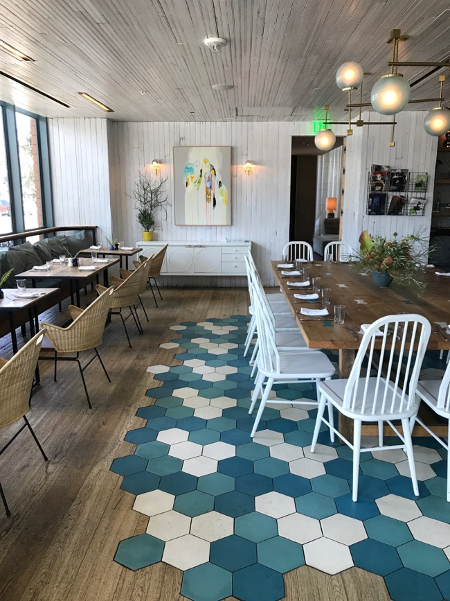 Cafe No Se Austin - trendy and relaxed spot on South Congress Ave for breakfast, lunch, and dinner